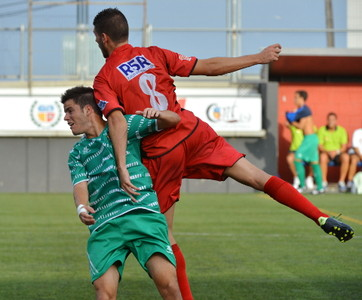 El cornellanse Luis durante el partido contra el FC Santboi.