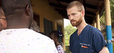 Ken Brantly, en un centro sanitario cerca de Monrovia, en Liberia.