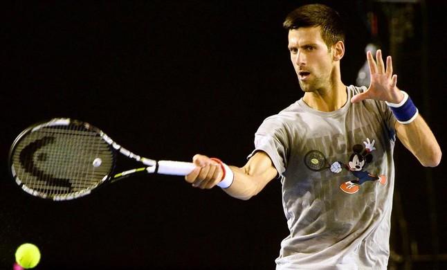 Novak Djokovic, durante un entrenamiento en Melbourne, previo al inicio del Abierto de Australia.