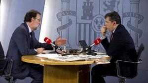 El presidente del Gobierno en funciones, Mariano Rajoy, ha concedido este lunes una entrevista a RNE.