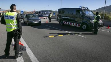Denunciada a Montcada una conductora d'ambulància sense assegurança i drogada