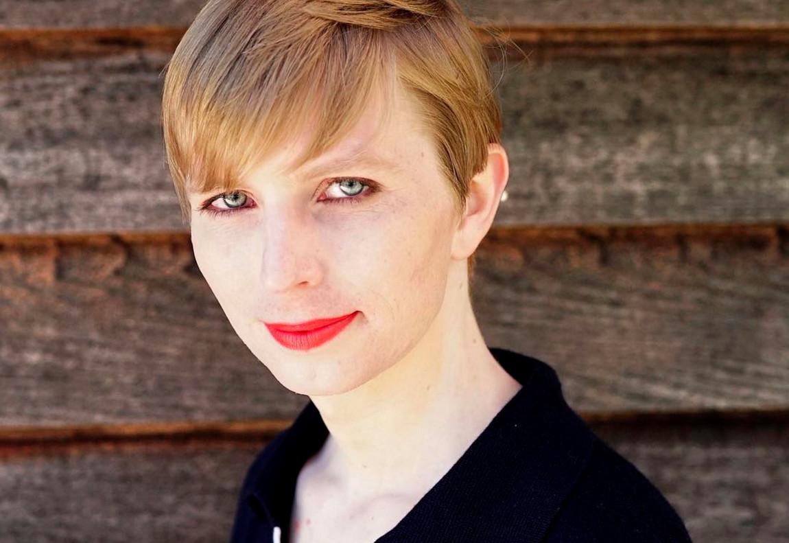 Chelsea Manning, en la foto que ha compartido en las redes sociales tras salir de prisión.
