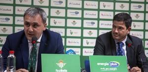 El presidente bético, Fernando Moral, y el director de negocios del club, Ramón Alarcón