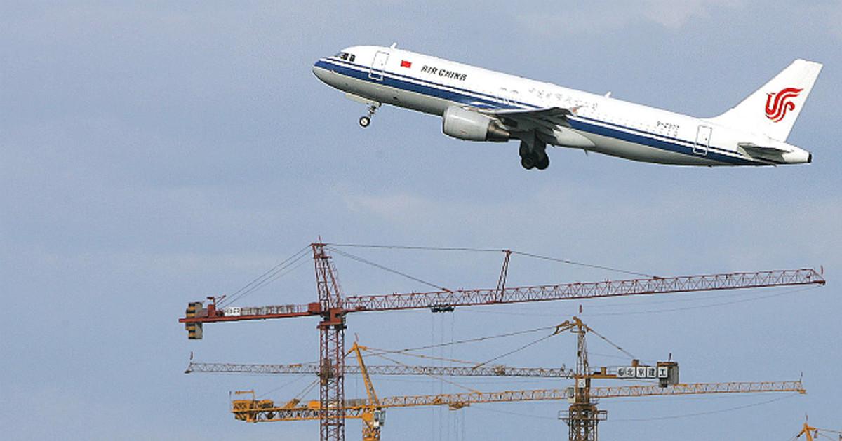El Aeropuerto de Barcelona aspira a recuperar vuelos directos a Asia