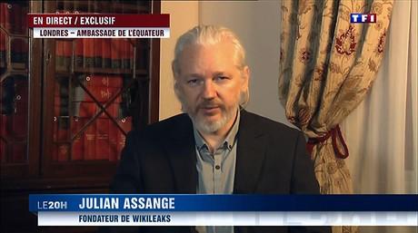 Imagen de Assange durante una entrevista en directo con la cadena francesa TF1, el 24 de junio.