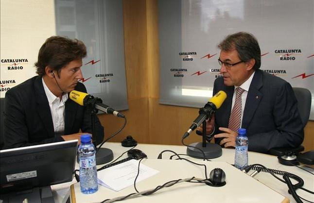 Manel Fuentes bate récords con 'El matí de Catalunya Ràdio'