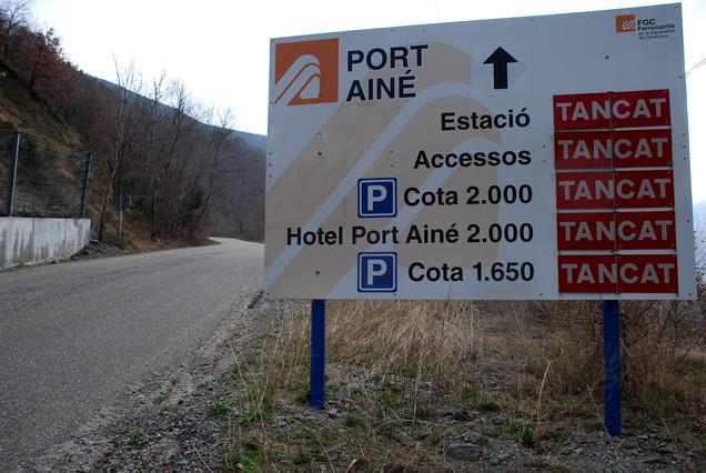 El cierre de la carretera de Port Ainé obliga a realojar a unos 170 clientes del hotel próximo a las pistas