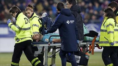 Sergio Busquets sufrió un esguince tras la entrada de Escalante en el partido contra el Eibar.