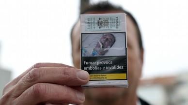 Un gallec denuncia que apareix intubat en paquets de tabac sense el seu permís