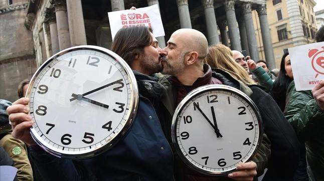 Miles de italianos salen a la calle a favor de las uniones homesexuales
