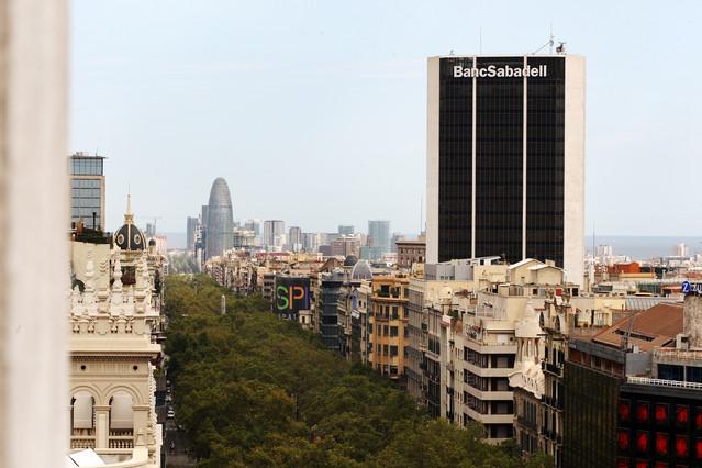 El sabadell sigue interesado por catalunya caixa for Catalunya banc oficinas