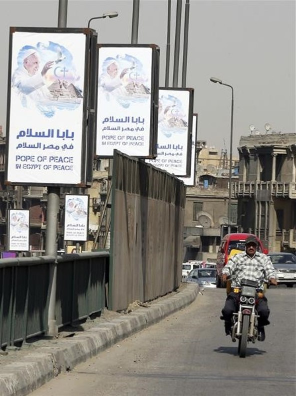 El Papa viaja a Egipto en apoyo de los cristianos perseguidos en Oriente Próximo