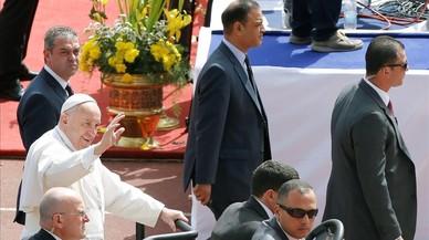 """El Papa a Egipte: """"L'únic extremisme que es permet als creients és la caritat"""""""
