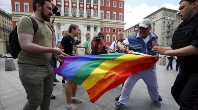 La llei sobre la propaganda gai desencadena la violència contra el col·lectiu LGTB a Rússia