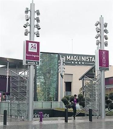 El psc acusa a trias de 39 regalar 39 5 millones al due o de - Centro comercial maquinista barcelona ...