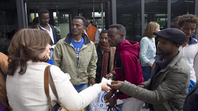 Llegada de 22 refugiados procedentes de Italia para su reubicaci�n en Espa�a