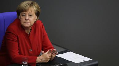 Merkel avisa que l'auge de la ultradreta afecta no només el seu partit sinó tot Alemanya