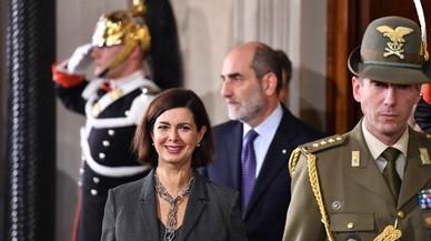 Mattarella inicia los contactos para formar un Gobierno exprés en Italia