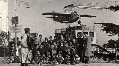 L'històric avió del Tibidabo torna a volar aquest diumenge