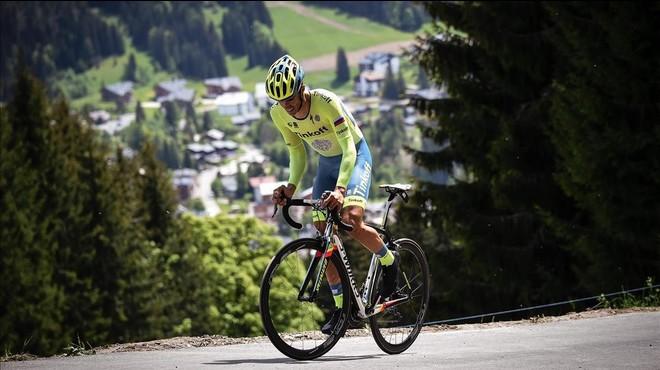 Contador dóna el primer cop a Froome a un mes del Tour