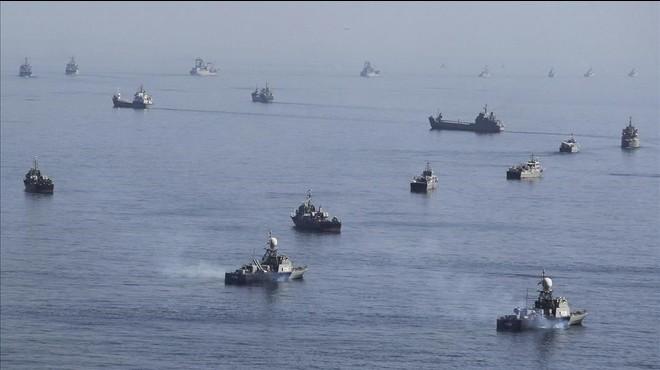 L'Iran captura al Golf dues embarcacions militars dels EUA amb 10 tripulants
