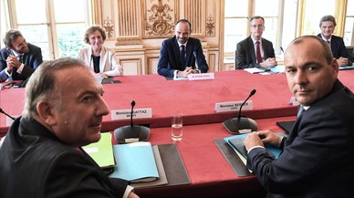 Francia flexibiliza su legislación laboral para dar más poder a las empresas