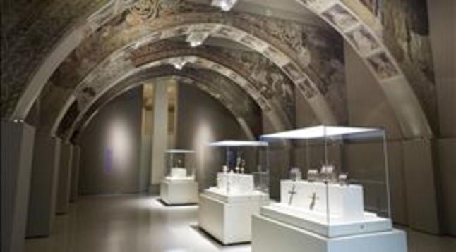 El MNAC alerta del riesgo de trasladar los frescos de Sijena