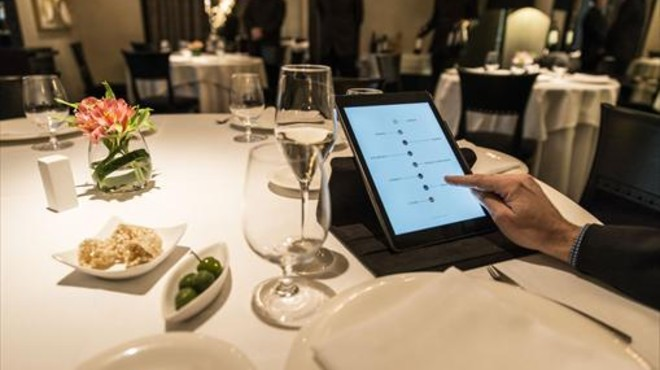 La tableta de Windsor, el �ltimo restaurante de Barcelona que ha incorporado la carta digital.