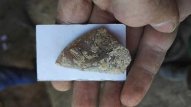 Una de las piezas neandertales halladas en la cueva del Trader en Cubelles.