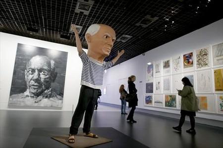 Una de las salas que el Grand Palais dedica a la muestra 'Picasso.Man�a'.