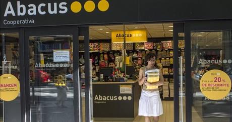 Una tienda de Abacus en el barrio de Sant Andreu.