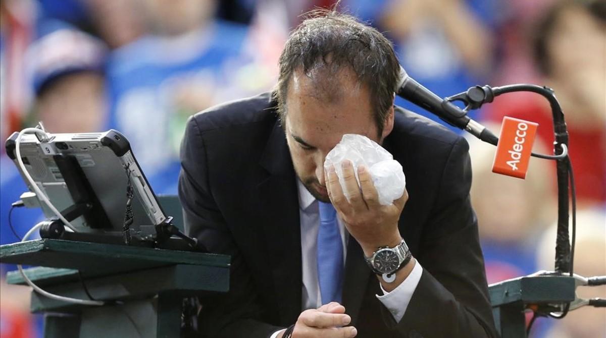 Canadà desqualificada de la Copa Davis per una pilota llançada al jutge de cadira