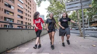 Noies de Nou Barris repudien la 'Merche' de Mariscal