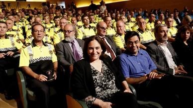 """Barcelona concedeix la Medalla d'Or al Mèrit Cívic als """"herois"""" del 17-A"""