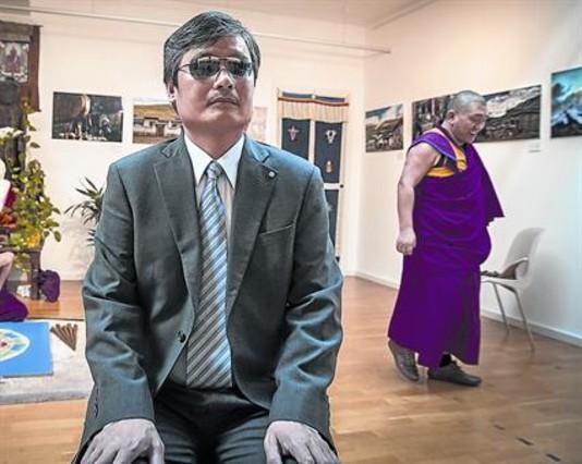 El abogado chino Chen Guangcheng, en la sede de la Fundación Casa del Tíbet, este martes en Barcelona.