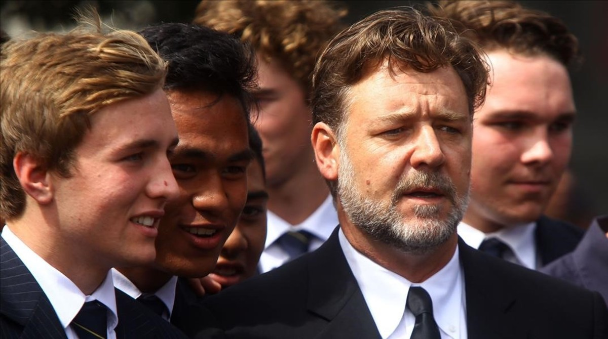 fimedio33130539 hollywood actor russell crowe c attends the fune160318133141