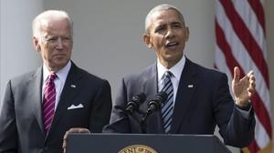 Obama y Biden durante la comparecencia en la Casa Blanca.