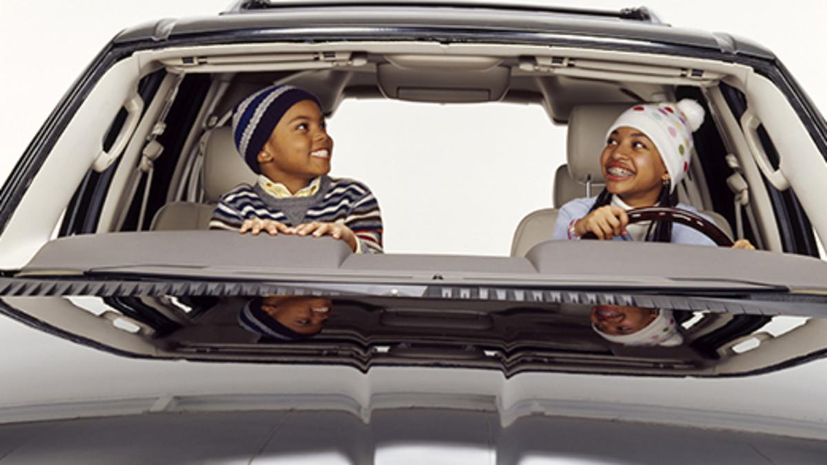 5 películas y series de coches para disfrutar este verano