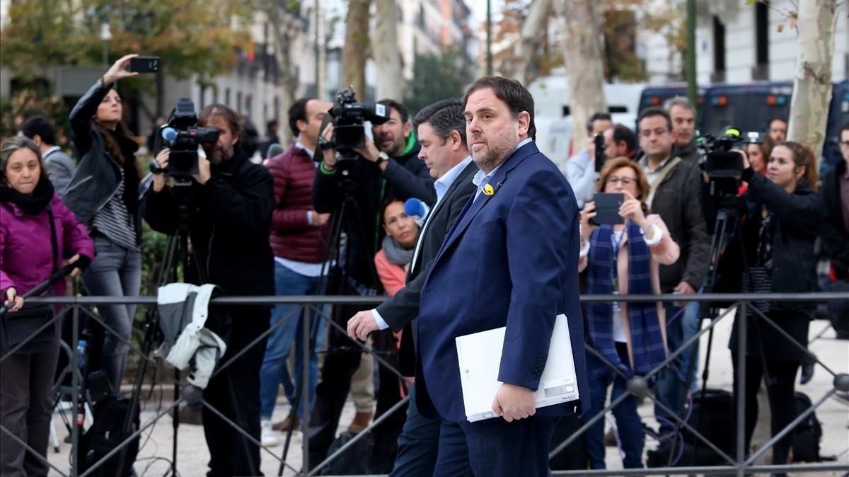 El exvicepresidente de la Generalitat Oriol Junqueras llega, este jueves, a la Audiencia Nacional.