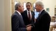 Obama, con los expresidentes George W. Bush y Bill Clinton, en enero del 2010.