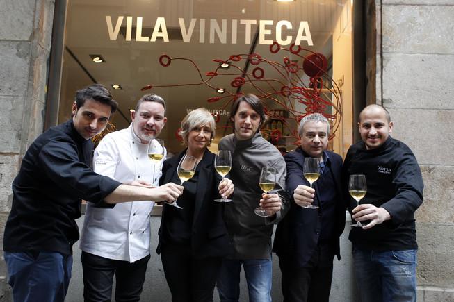 De izquierda a derecha,Fran López (Villa Retiro y Xerta), Albert Adrià (Tickets, Enigma, Hoja Santa y Pakta), Eva Vila (Vila Viniteca), Albert Sastregener (Bo.TiC), Quim Vila (Vila Viniteca) y Joel Castanyé (La Boscana).