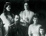 L'�ltim tsar, Nicolau II, la seva dona Alexandra i els seus fills.