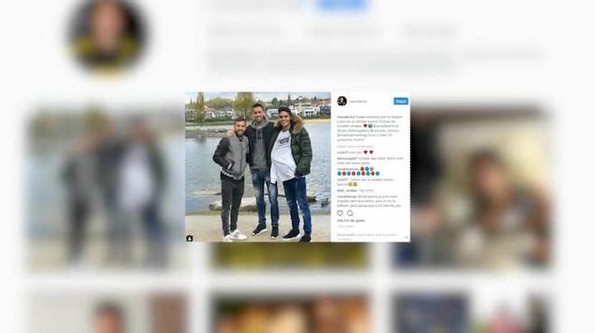 Busquets i Jordi Alba visiten Bartra a Dortmund