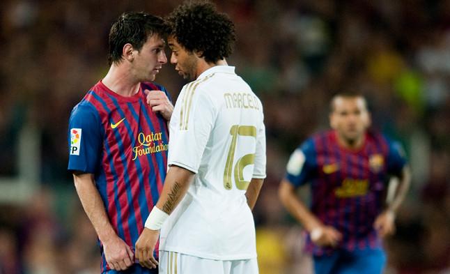 Messi y Marcelo se encaran tras una entrada del brasileño al jugador azulgrana en el partido disputado en el Camp Nou.