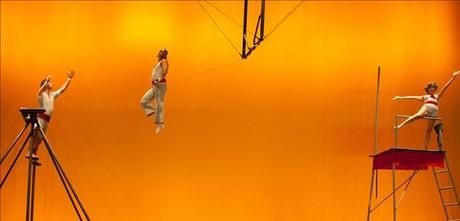 'Maravillas', espectáculo del Circ d'Hivern del Ateneu de 9 Barris que se estrenó en el Mercat de les Flors.