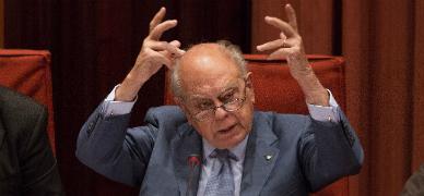 Pujol da explicaciones en el Parlament el pasado 26 de septiembre.
