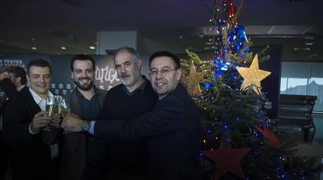 Xavi Pascual (balonmano), Ricard Mu�oz (hockey patines) y Andoni Zubizarreta (f�tbol), con el presidente Bartomeu.