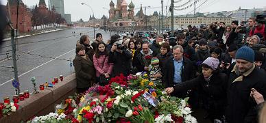 Occidente exige a Putin que aclare el crimen de Nemtsov