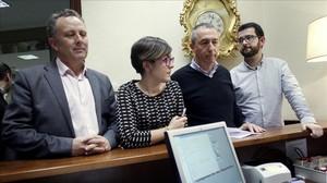 Los diputados de Compromís registran en el Congreso su petición de grupo propio.