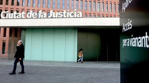 jgblanco24070981 barcelona 30 10 2013 ciutat de la justicia entrada de avd161123142805